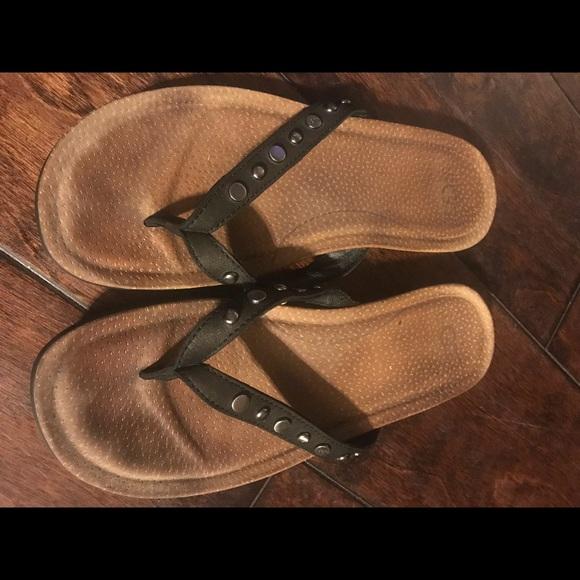 eb7c4c424 UGG Studded Flip Flops